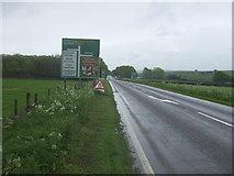 SK1576 : A623 towards Baslow  by JThomas