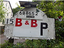 TM1543 : Willoughby Lodge B&B p sign by Hamish Griffin