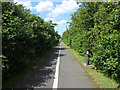 TQ0773 : West Bedfont cycle path by Alan Hunt