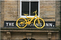 SK2692 : Yellow bikes promoting 'Le Grand Départ': High Bradfield by Graham Hogg