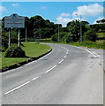 ST0279 : Vale of Glamorgan boundary sign near Talygarn by Jaggery
