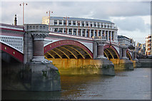 TQ3180 : Blackfriars Bridge by Kim Fyson