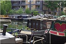 TQ3283 : Regent's Canal, Islington by Stephen McKay