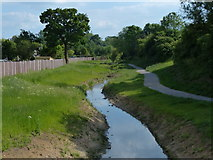 SK5501 : Lubbesthorpe Brook in Braunstone by Mat Fascione