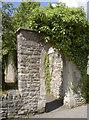 ST5445 : An arch in Chamberlain Street by Neil Owen