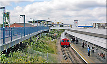 TQ2182 : Willesden Junction ('New') Station, from the High Level Station by Ben Brooksbank