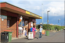 NS3230 : South Beach Kiosk, Troon by Leslie Barrie