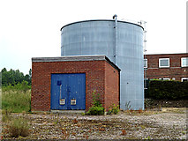 TM3864 : Water Tank & Pump House by Adrian Cable