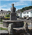 SN3010 : Dylan Thomas bust in Laugharne by Jaggery