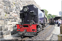 SH4862 : Locomotive at Caernarfon by Jeff Buck