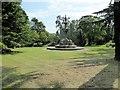 SP3165 : Jephson Gardens, Hitchman Fountain by David Dixon
