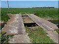 TF1720 : Rickety farm bridge crossing Counter Drain by Mat Fascione