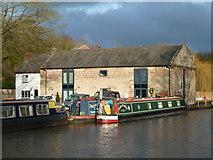 SO9969 : Worcester & Birmingham Canal - Tardebigge by Chris Allen
