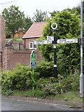 SK7476 : Fingerpost, Thorpe Street/Church Street, Headon by Alan Murray-Rust