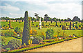 TQ1568 : Hampton Court Palace, privy gardens by Ben Brooksbank