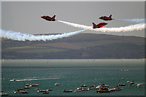 SZ1090 : Bournemouth Air Festival 2014 - the Red Arrows by Mike Searle