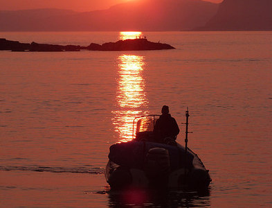 NM7417 : Sailing into the sunset - Easdale Sound by Oliver Dixon
