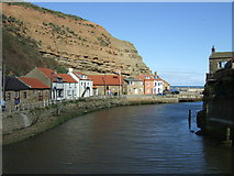 NZ7818 : Staithes Beck by JThomas