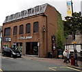 ST1586 : Lloyds Bank, Caerphilly by Jaggery