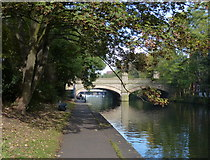 SK5803 : Towpath on the Grand Union Canal by Mat Fascione