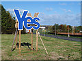 NT9364 : A Scottish Independence Referendum campaign sign at Eyemouth by Walter Baxter