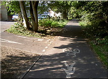 SY6778 : Give way to foot users by Neil Owen