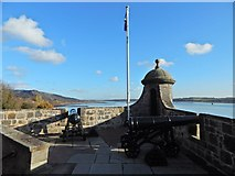 NS4074 : Dumbarton Castle: King George's Battery by Lairich Rig