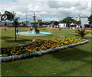 SX9163 : Fountain and flower beds in Princess Gardens, Torquay by Jaggery