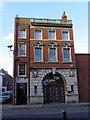 TA1028 : Backpacker Hostel, Market Place, Hull by Ian S