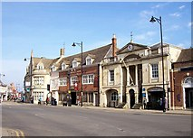 TF0920 : The town centre at Bourne, Lincolnshire by Rex Needle