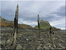 NU1341 : Holy Island - View to Lindisfarne Castle from pebble beach by Colin Park