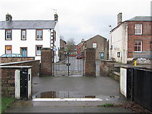 NY6820 : Entrance gates to King George's Field, Chapel Street by Andrew Curtis