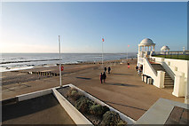 TQ7407 : Bexhill Seafront by J.Hannan-Briggs