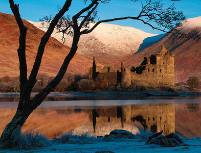 NN1327 : Kilchurn Castle by Steve Partridge
