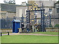TF0406 : The Boxing Day shooting party return - Burghley House, Stamford by Richard Humphrey