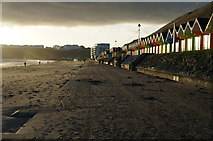 TA0390 : The North Promenade at Scarborough by Ian S