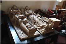 TQ2976 : St Paul, Clapham - Tomb chest by John Salmon