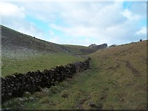 SK1860 : Dry Stone Walls in Long Dale by Jonathan Clitheroe