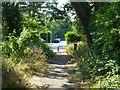TQ0284 : Public footpath towards Pinewood Road by Robin Webster