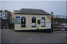 SN1300 : Restaurant at Tenby Harbour by Ian S
