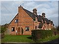 SO9047 : Cottages near Wadborough by Chris Allen