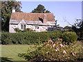 SZ1592 : Christchurch: Priory Cottage by Jonathan Hutchins