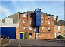 TF0920 : Burghley Street warehouse at Bourne, Lincolnshire by Rex Needle