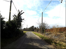 TM1677 : Upper Oakley & footpath by Adrian Cable