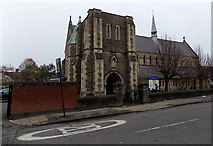 SU1585 : SW corner of Saint Barnabas Parish Church, Gorse Hill, Swindon by Jaggery