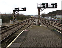 SS6593 : Two signal brackets at the NE end of Swansea railway station by Jaggery