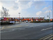 SJ9495 : Entrance to B&Q by Gerald England