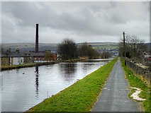 SD8432 : Leeds and Liverpool Canal, Burnley by David Dixon