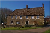 SU2991 : Fernham Farmhouse by D M Wilmot