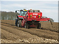 SE9916 : Preparing Potato Beds on Saxby Wold by David Wright